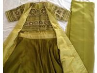 Lengha 4 piece 12-14 May fit size 16