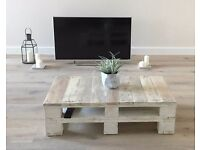 Farmhouse Style Industrial Reclaimed Pallet Coffee Table