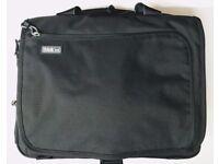 Think Tank Urban Disguise 40 V2.0 Camera Bag Black plus Backpack Conv. Straps