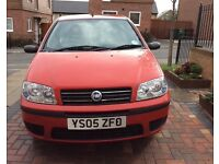 Very nice Fiat Punto, clean, no dents or scratches, 12 months MOT!
