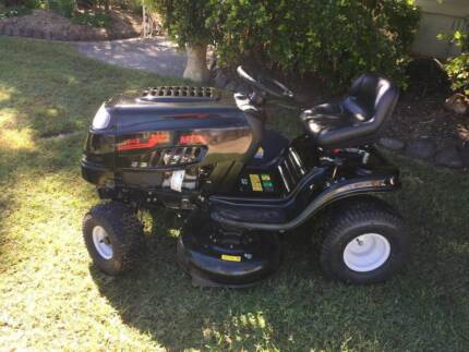 MTD  Ride on Mower-NEW Warwick Southern Downs Preview
