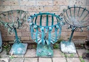Wrought iron gargen pot holders Balgownie Wollongong Area Preview
