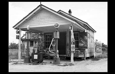 1939 Sinclair Gas Station PHOTO Vintage NC Service Pumps RC Cola,Coke Signs