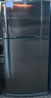 Toshiba 532L Fridge and Freezer /3 Months warranty Y065