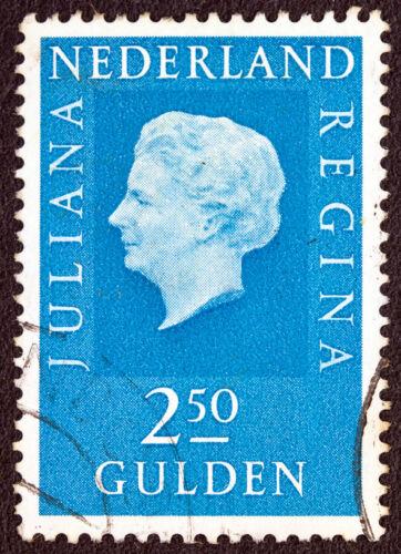 So findet man niederländische Briefmarken bei eBay