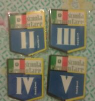 Stock 4 Distintivo Scudetto Scuola Ii Iii Iv V Elementare Anni 60 Collezione - element - ebay.it