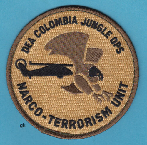 DEA  DRUG ENFORCEMENT  COLOMBIA NARCOTICS TERRORISM POLICE SHOULDER PATCH (tan)