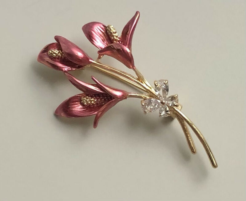Vintage style  flower  butterfly Brooch Pin Enamel on gold tone metal