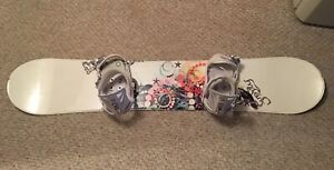 Junior/women's snowboard/bindings/boots/bag