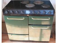 Belling Farmhouse Electric Range Cooker - 100cm