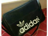 Retro Adidas holdall 1970s to 1980s
