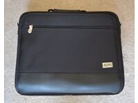 APC laptop bag