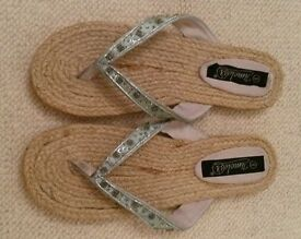 *New Pair Of Blue Satin Beaded / Embroidery & Hessian Flip Flops. Size 8. Holiday Accessories!
