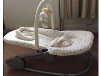 Mamas & Papas 'Wave' Rocker / Baby Rocker from birth - 6 Months / Excellent Condition