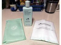 NEW Liz Earle Instant Boost Skin Tonic - 200ml - with 2 x Muslin Cloths