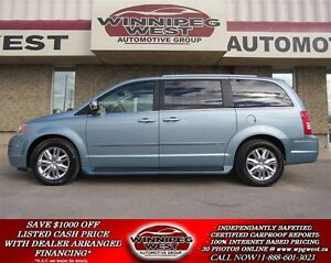 2008 Chrysler Town & Country LIMITED EDITION, HARD LOADED, LEATH