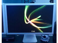 """2 Apple Cinema Display 23"""" in mint condition"""