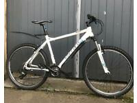 CARRERA VALOUR MOUNTAIN BIKE, ALUMINIUM LIGHT WEIGHT FRAME, EXCELLENT CONDITION