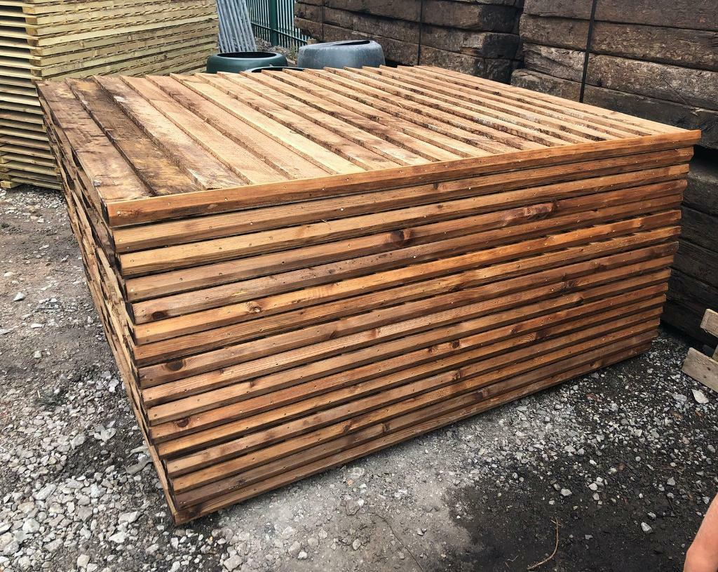 🌳 •New• Brown Pressure Treated Feather Edge Straight Top Wooden ...
