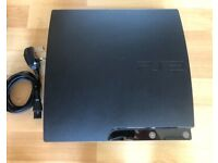 PS3 Slim + 3 Controlers + 28 Games