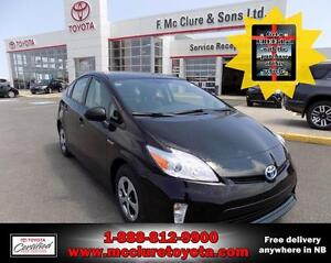 2015 Toyota Prius HYBRID 2015 Left over - Free iPad with the pur
