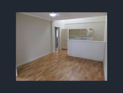 Two bedroom unit to let