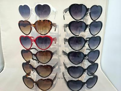G9489 HEART SHAPE PLASTIC WOMEN SUNGLASSES Wholesale 12 Pair - Plastic Sunglasses Wholesale