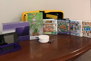 Original 2011 Nintendo 3DS (Purple) w/ games; amiibo; and other