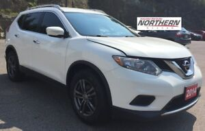 2014 Nissan Rogue S FWD BACK UP CAMERA Bluetooth, Keyless Entry,