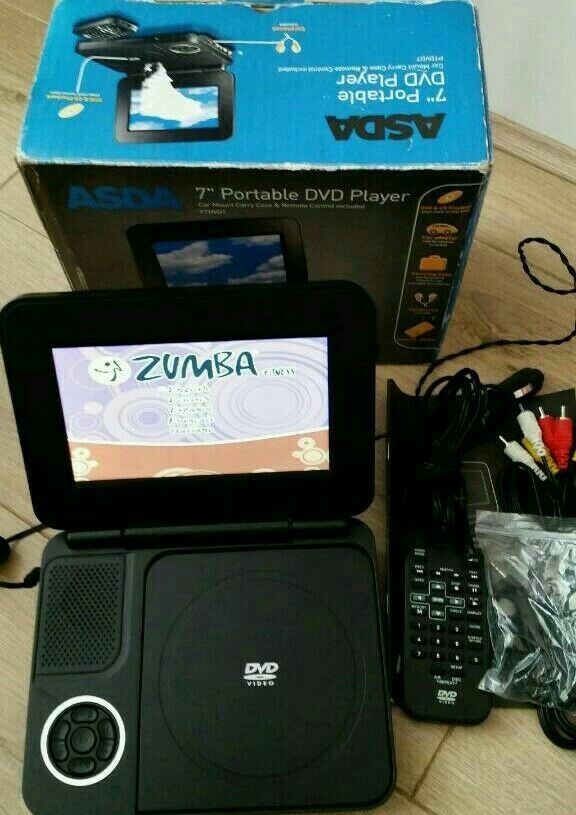 7 inch Porteble dvd player complete with charger and remote