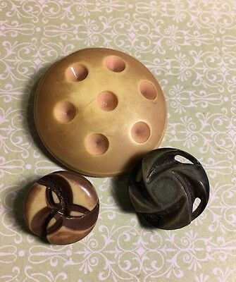 "Vintage 1-3/4"" Old Plastic Unique Sewing Crafting Buttons Lot 35-4"