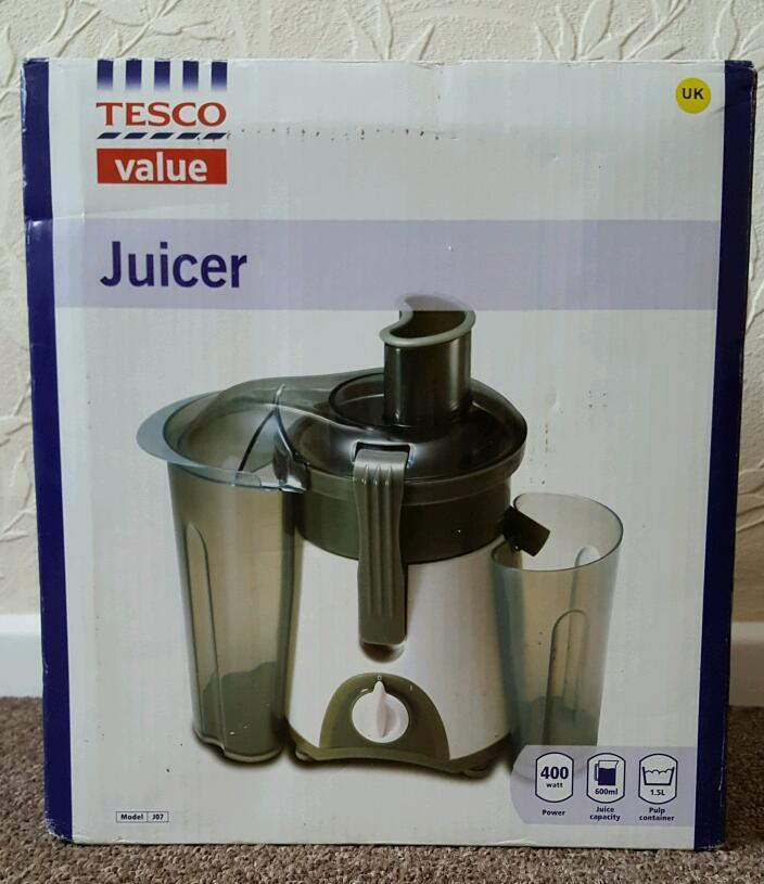 Tesco Value Fruit Juicer In Sheffield South Yorkshire