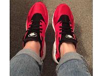 Nike huaraches size 5.5
