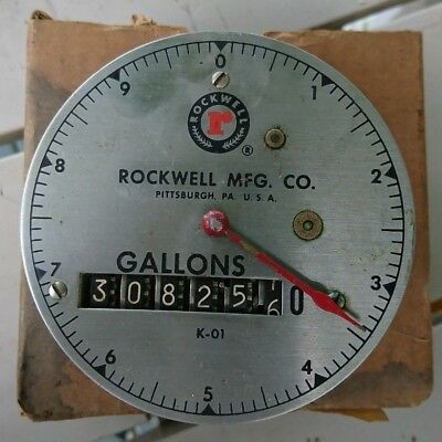 Vintage Rockwell Mfg. Co. 10 Gallon Water Geared Meter Gage