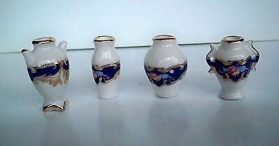 1:12 - 4 hochwertige Miniatur Porzellan Blumenvasen