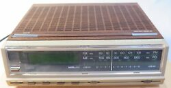 RARE Faux Wood Grain Magnavox Alarm 2 Band CLOCK RADIO w/ LED  #D3200 Vintage