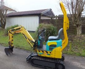 YANMAR 2009 MINI MICRO DOORWAY DIGGER NO VAT