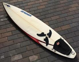 "Nice SPIDER 6'2"", Apx 27L surfboard with cool deck spray, tail pad + FCS fins"