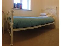 Single bed for girls