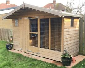 FOR SALE!!! 10x4ft Chalet Dog kennel £400 ovno.