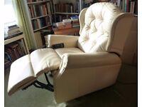 Celebrity Woburn Petite Cream Leather Riser Reclining Chair