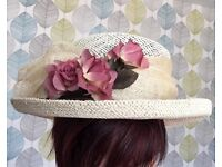 Ladies special occassion/wedding/christening hat in mint condition
