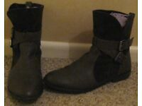 Ladies shoes and boots, mostly hardly worn, size 7, £3 - £4