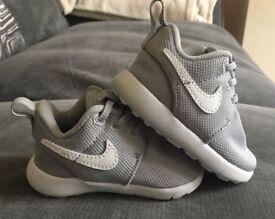 Boys Nike Trainers Infant UK size 2.5