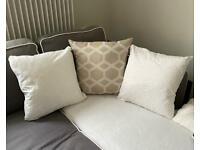 3x gold / white cushions 50x50cm