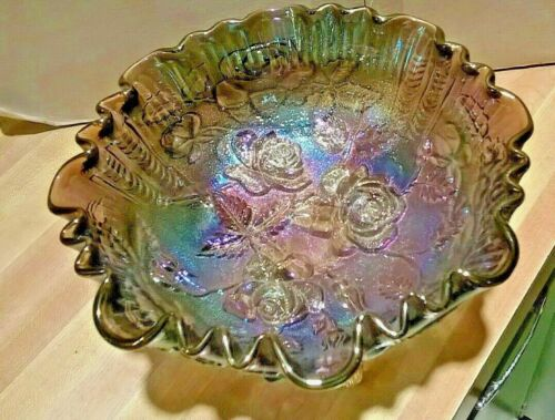 """Vintage 3 Footed Glass Bowl, Imperial """"Lustre Rose"""" Pattern, Iridescent Purple"""