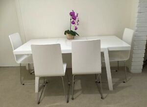 Dinning table and chairs. Matraville Eastern Suburbs Preview