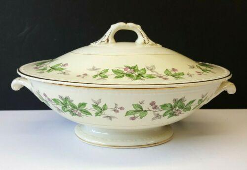 Homer Laughlin Vintage Eggshell Georgian Greenbriar Oval Covered Vegetable Bowl