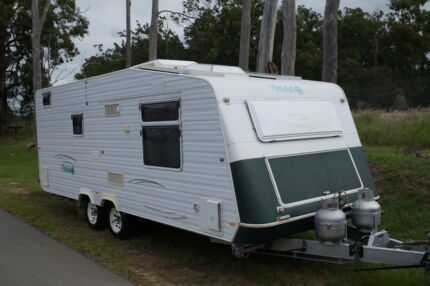 RoadStar Dreamtime Cruiser Caravan 2008 Solar, Gas, LED, AC