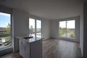 4.5-$1100-NDG-Loyola Campus-MUHC - Brand New Construction